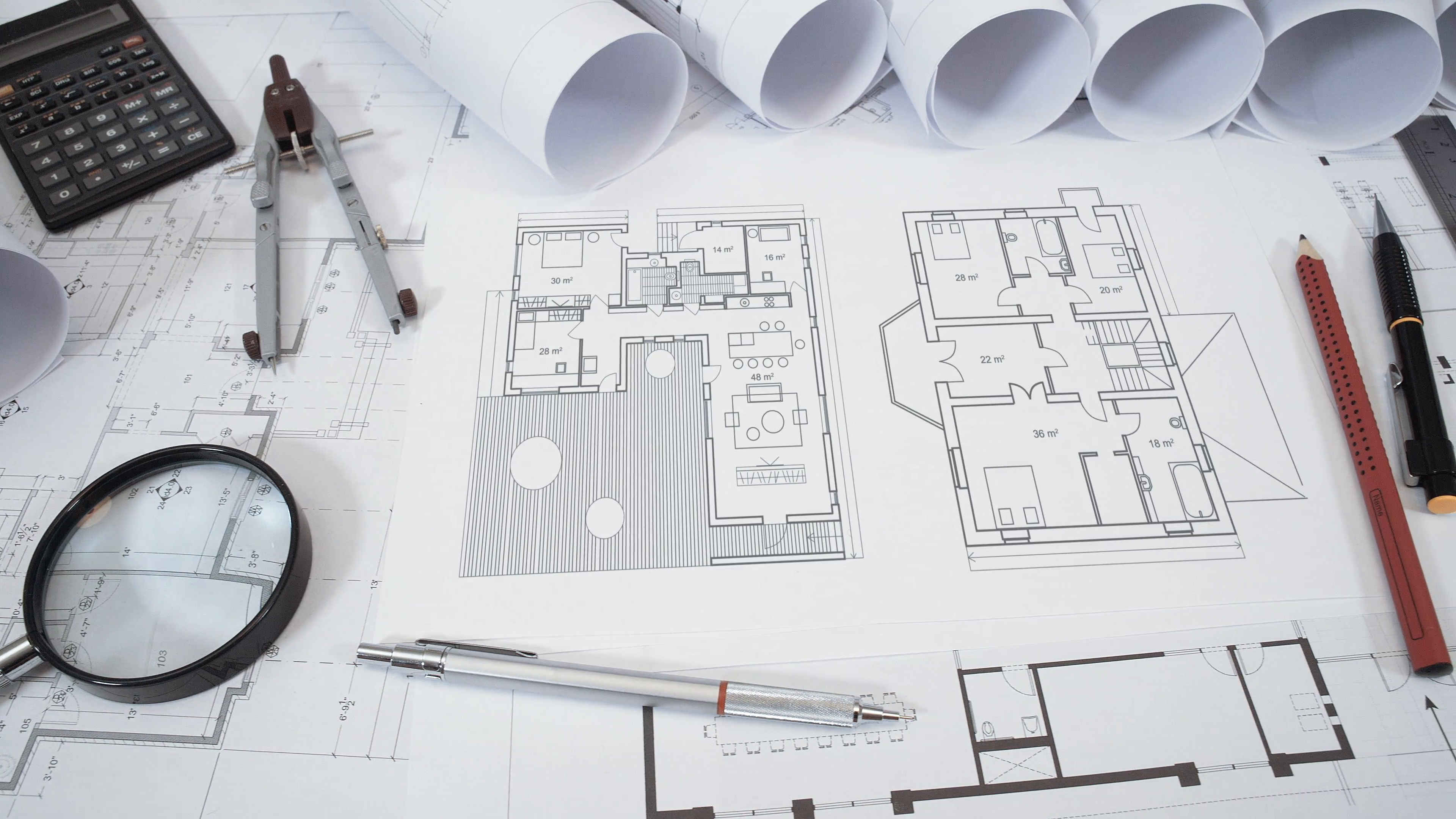 floor-plan-of-modern-house-is-being-drawn-on-paper-in-architects-office_4fmml3rqjx__F0013